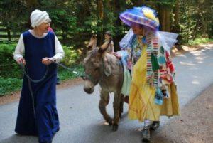 Mit Esel und Geschichten unterwegs